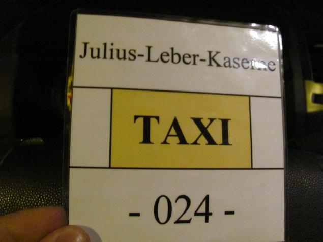 Schlicht wie ein Marschbefehl: Taxi-Karte. Quelle: Sash